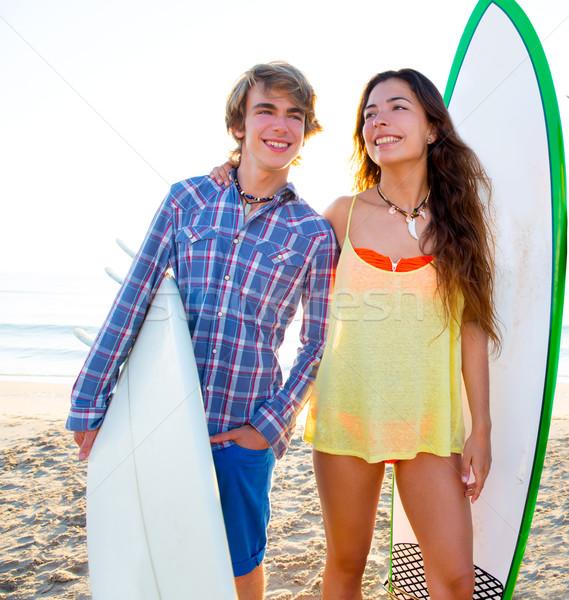 подростков Surfer пару пляж берега поиск Сток-фото © lunamarina