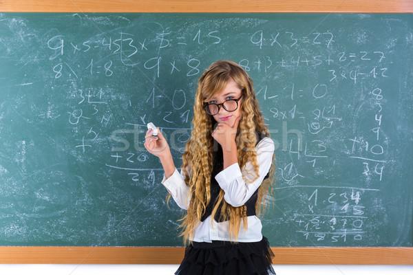 ストックフォト: オタク · ブロンド · 少女 · 緑 · ボード · 女学生