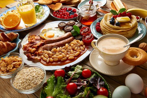 Ontbijt buffet vol continentaal Engels koffie Stockfoto © lunamarina