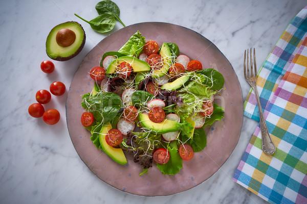 Avokádó saláta paradicsomok spenót retek egészséges étel Stock fotó © lunamarina