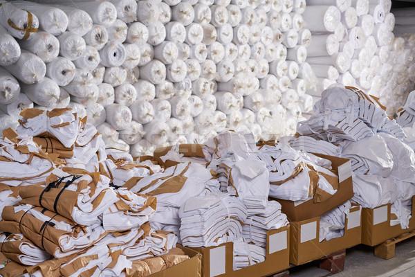 Moda têxtil fábrica armazém caixas Foto stock © lunamarina