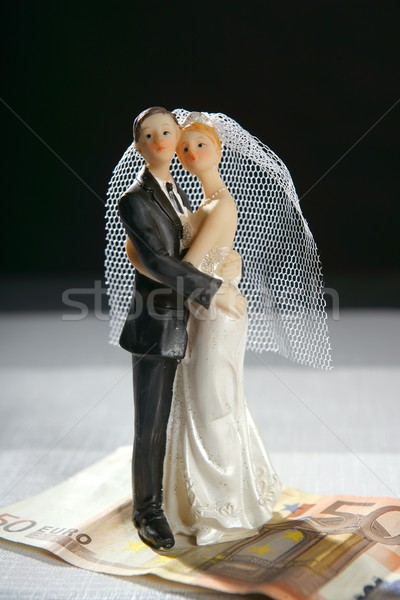Bruiloft paar beeldje euro nota liefde Stockfoto © lunamarina