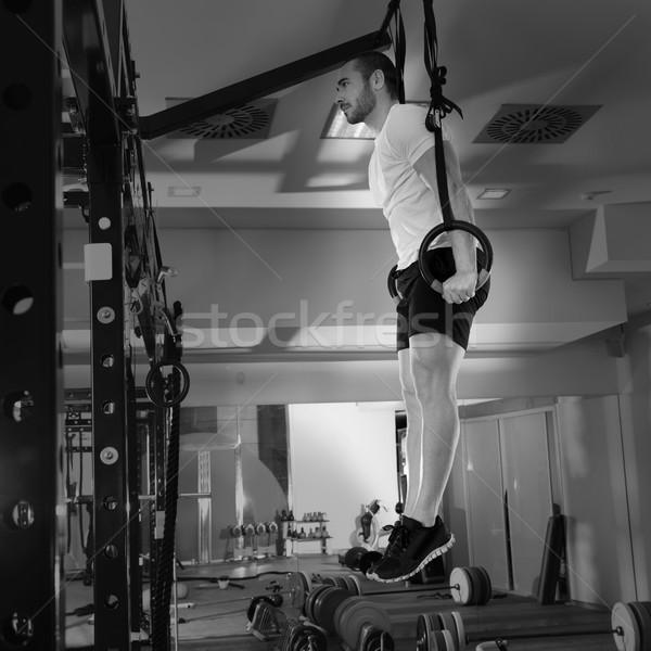Crossfit fitness anneau homme exercice Photo stock © lunamarina