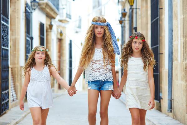 子供 女の子 徒歩 手 地中海 町 ストックフォト © lunamarina