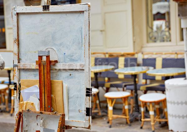 Montmartre yer tuval araçları Fransa Bina Stok fotoğraf © lunamarina