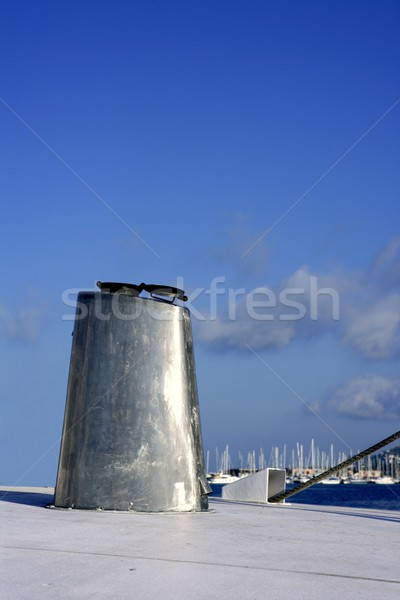 ボート ステンレス鋼 オーバル 煙突 青空 青 ストックフォト © lunamarina