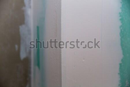Alçıpan yeşil sıva köşe ev duvar Stok fotoğraf © lunamarina