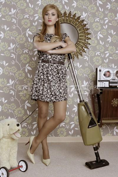 レトロな 真空掃除機 女性 主婦 ヴィンテージ ルーム ストックフォト © lunamarina