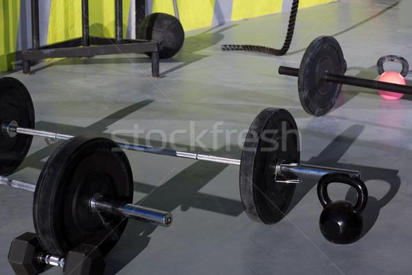 Crossfit gymnasium bar gewichten fitness Stockfoto © lunamarina