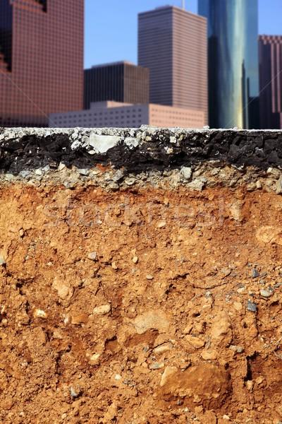 út ásatás földrengés város keresztmetszet törött Stock fotó © lunamarina