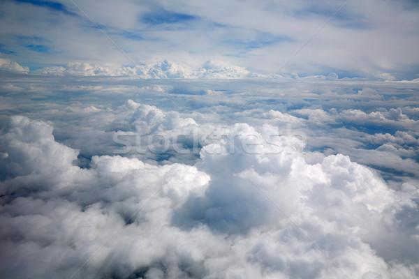 Nuvens mar aeronave ver dramático Foto stock © lunamarina