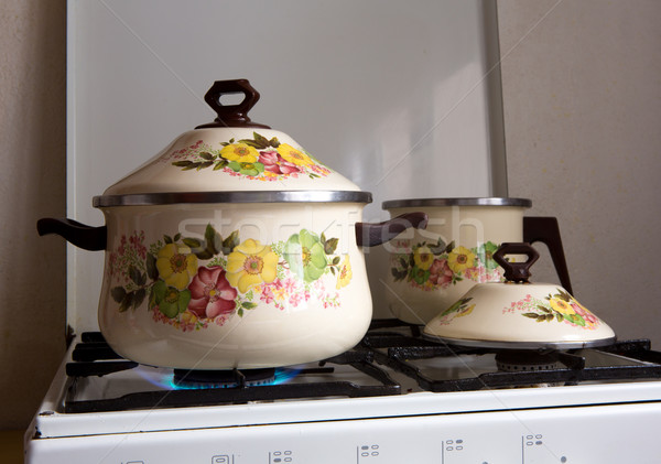 Retro klasszikus konyha porcelán virágok étel Stock fotó © lunamarina