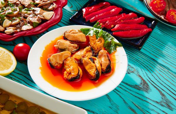 Tapas tipikus Spanyolország vegyes hal vacsora Stock fotó © lunamarina