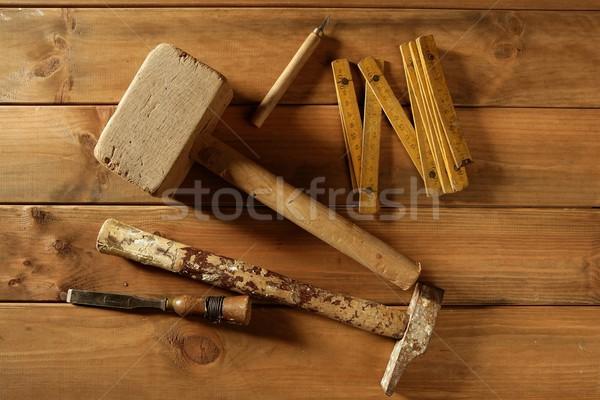 Zdjęcia stock: Stolarz · narzędzia · widział · młotek · drewna · taśmy