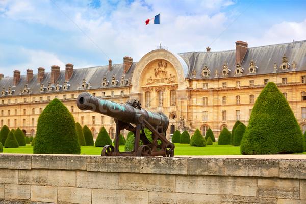 Les Invalides facade Cannons at Paris France Stock photo © lunamarina