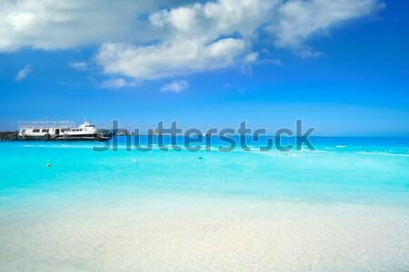 Plaży łodzi kotwica horyzoncie niebo wody Zdjęcia stock © lunamarina