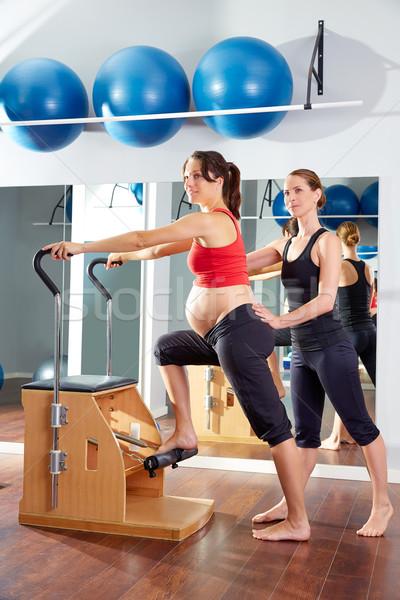 Hamile kadın pilates egzersiz antreman spor salonu sandalye Stok fotoğraf © lunamarina
