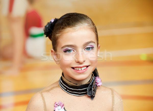 Stock fotó: Gyerek · lány · ritmikus · torna · fából · készült · fedélzet