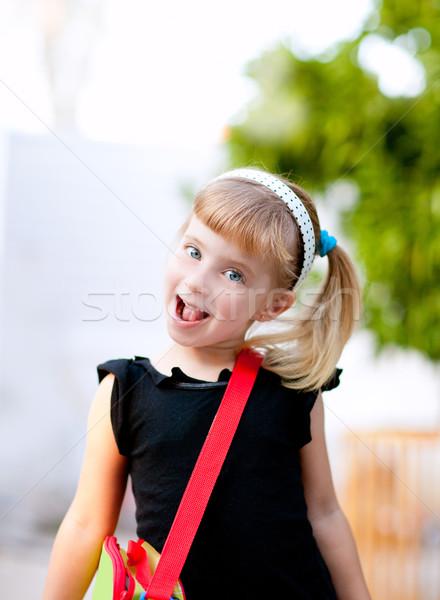 Gyerekek kislány iskola táska mosoly boldog Stock fotó © lunamarina