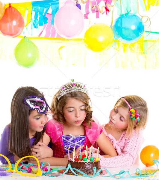 Stockfoto: Kinderen · gelukkig · meisjes · verjaardagsfeest · cake