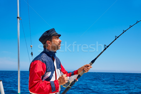 Szakáll matróz férfi horgászbot trollkodás sósvízi Stock fotó © lunamarina
