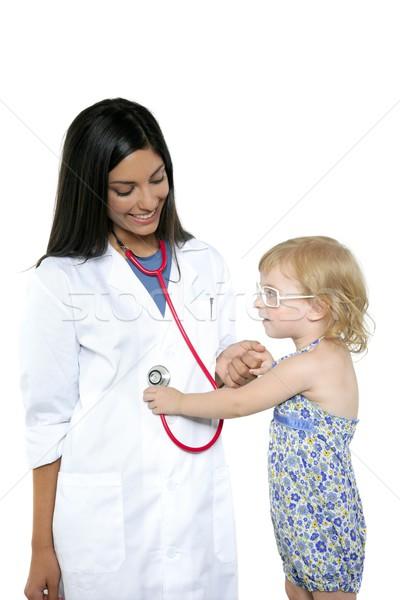 Bruna medico bambina ragazza Foto d'archivio © lunamarina