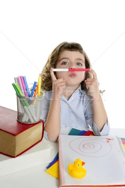 студент девочку играет маркер брюнетка школы Сток-фото © lunamarina