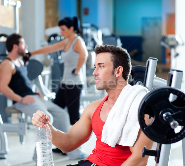 Homme gymnase fitness sport formation Photo stock © lunamarina