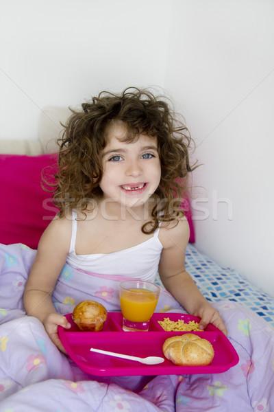 Risveglio letto colazione bruna bambini ragazza Foto d'archivio © lunamarina