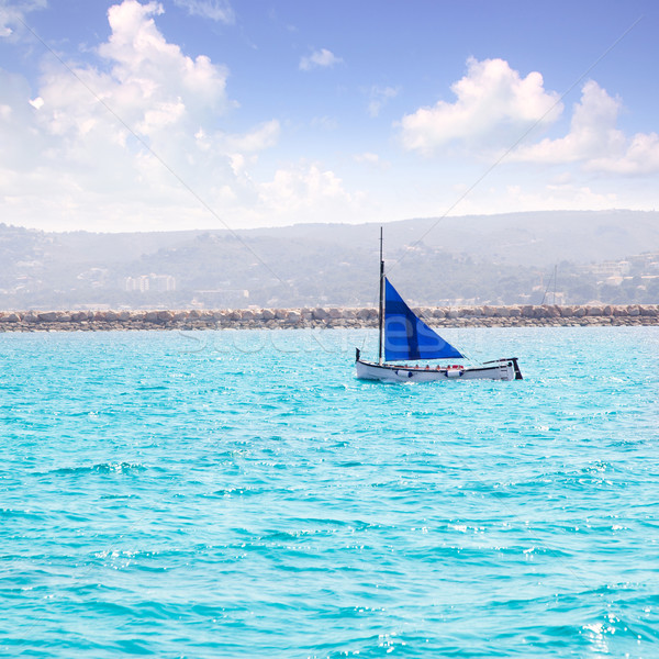 Vitorla csónak hagyományos mediterrán vitorlás múlt Stock fotó © lunamarina