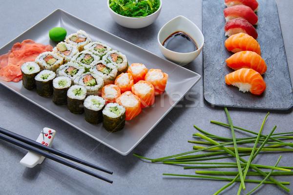 Sushi maki salsa di soia wasabi California rotolare Foto d'archivio © lunamarina