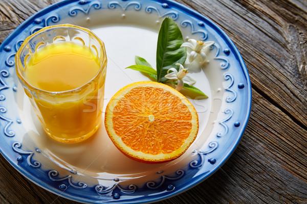 Narancslé narancs virág mediterrán edény fa asztal Stock fotó © lunamarina