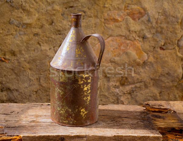 Antique fer jar laiton Photo stock © lunamarina