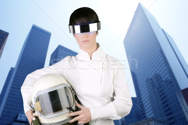 Futurystyczny statek kosmiczny samolotów kask astronauta kobieta Zdjęcia stock © lunamarina