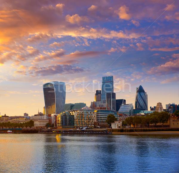London pénzügyi negyed sziluett naplemente tér város Stock fotó © lunamarina