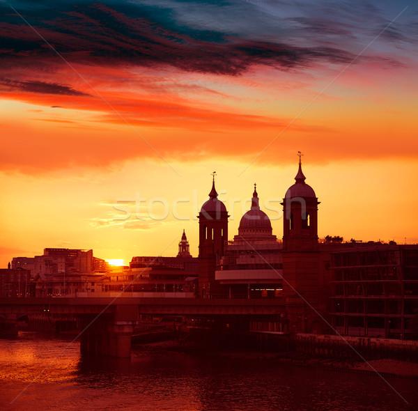 Londres puesta de sol thames puente de londres ciudad naranja Foto stock © lunamarina