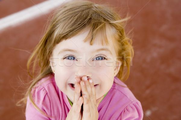 Blond heureux souriant petite fille excité rire Photo stock © lunamarina