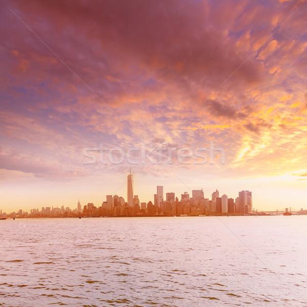 Manhattan ufuk çizgisi New York özgürlük ada iş Stok fotoğraf © lunamarina