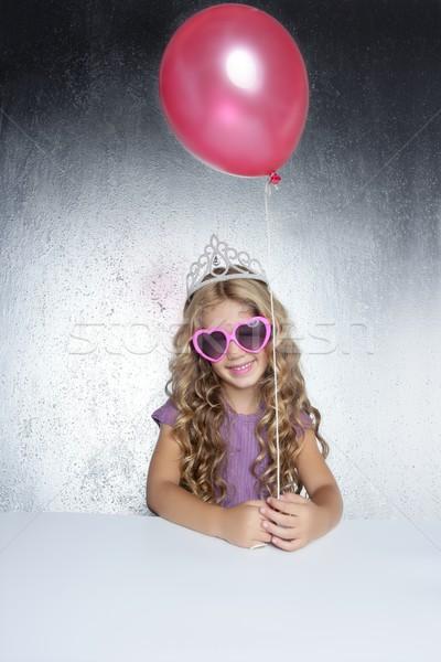 Foto d'archivio: Moda · piccolo · party · ragazza · rosso · pallone