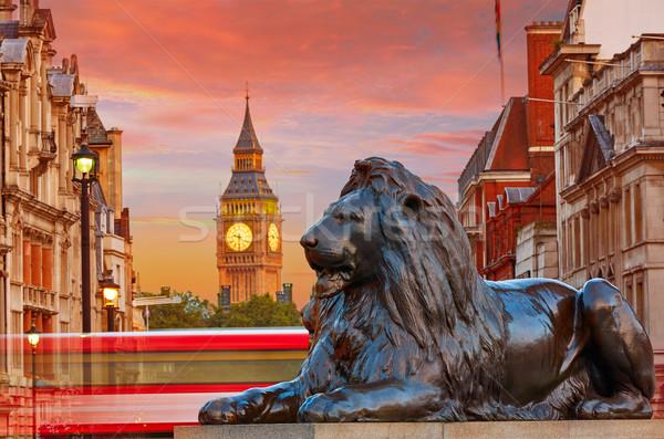 ロンドン 広場 ライオン ビッグベン 塔 道路 ストックフォト © lunamarina