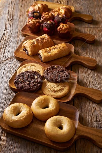 Stockfoto: Croissant · muffin · cookie · rij