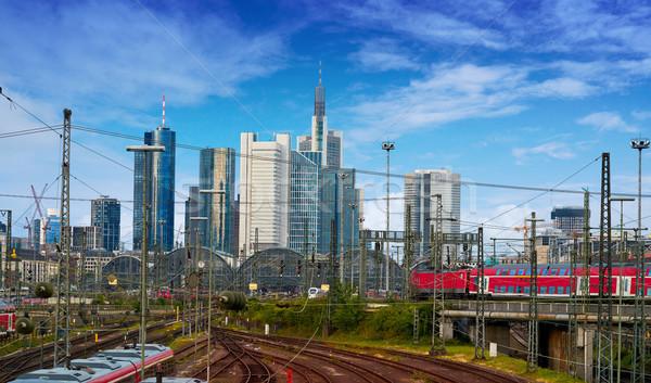 Frankfurt horizonte estación de ferrocarril Alemania negocios cielo Foto stock © lunamarina