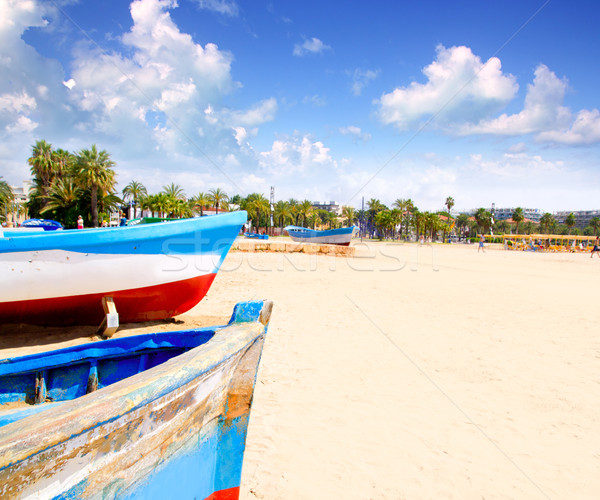beach of Salou with beached boats Stock photo © lunamarina