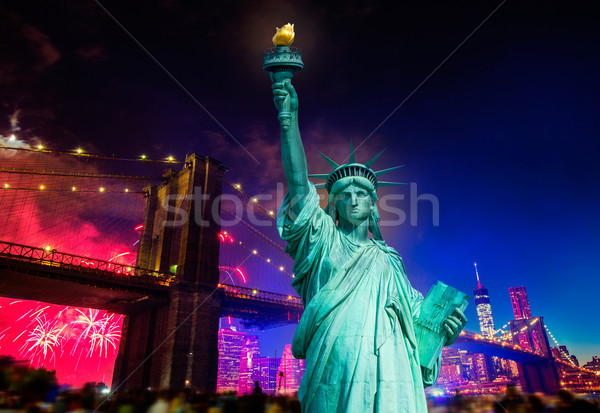 Liberty Statue Brooklyn bridge july 4th fireworks Stock photo © lunamarina