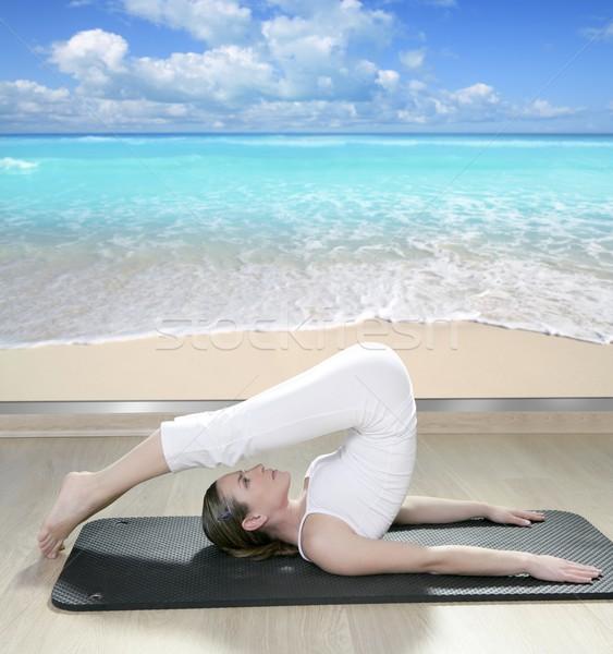 черный йога женщину окна мнение тропический пляж Сток-фото © lunamarina