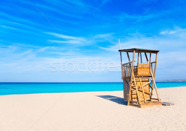 Plage sauveteur maison sable blanc turquoise idyllique Photo stock © lunamarina