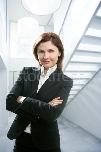 Kobieta interesu portret nowoczesne domu biały klatka schodowa Zdjęcia stock © lunamarina