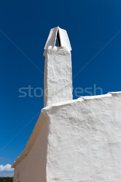 Casa blanca chimenea detalle casa azul piedra Foto stock © lunamarina