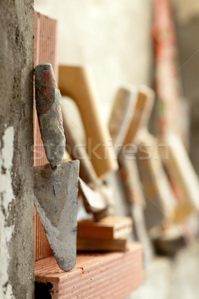 Construcción albañil cemento herramientas edificio Foto stock © lunamarina