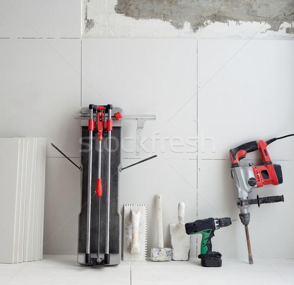 ストックフォト: 建設 · ツール · タイル · 電気 · ハンマー · ドリル